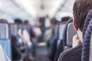 להעביר את הזמן בטיסה